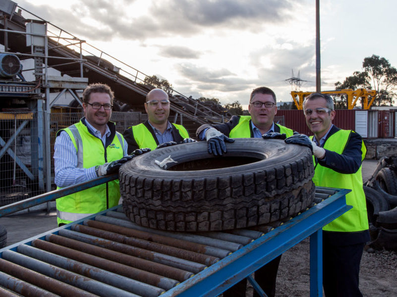 Tyrecycle CEO Jim Fairweather (far left) and EPA Victoria CEO Nial Finegan (second right)