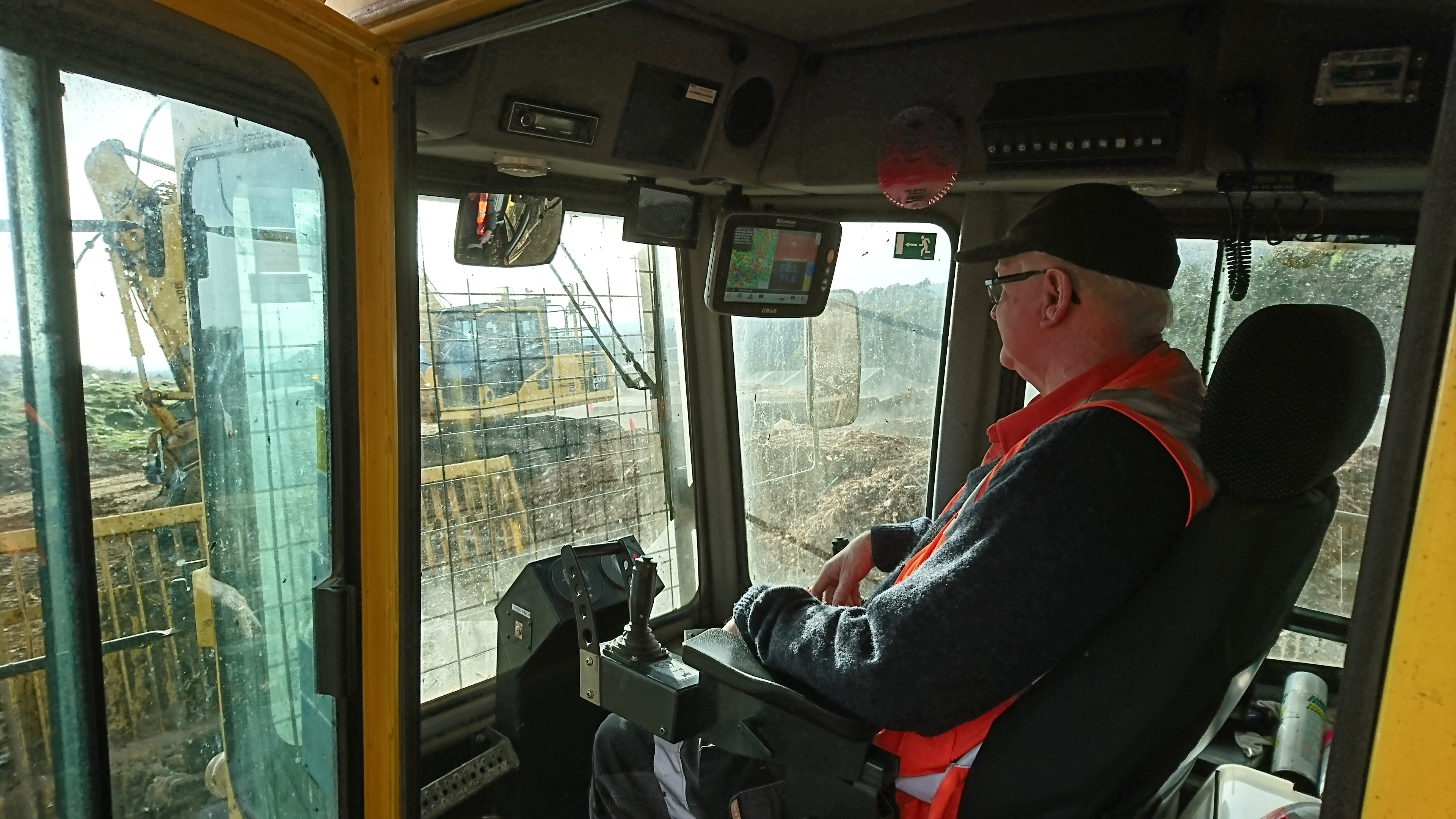 Maximising waste compaction