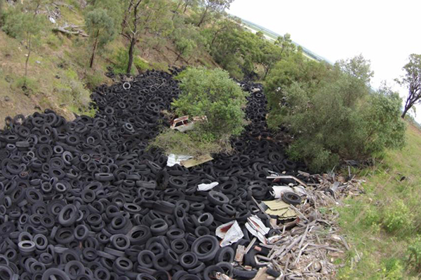 Turning old tyres into new roads: University of Melbourne