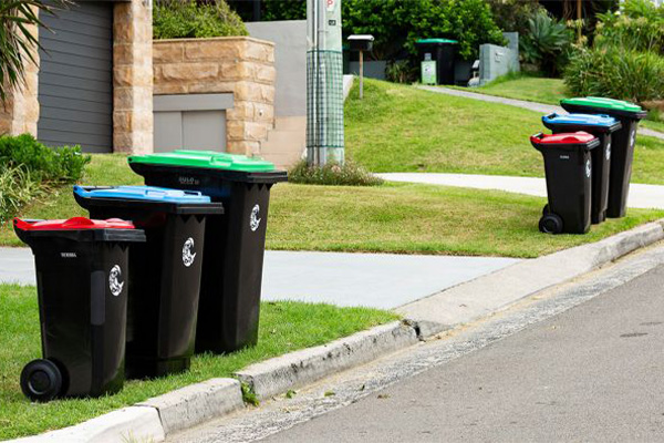 Increase of household waste during isolation affects recycling