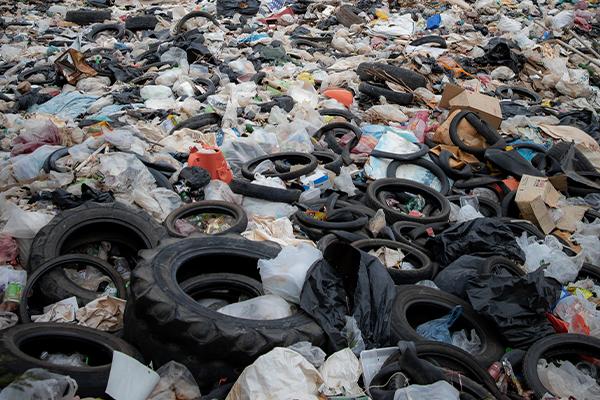 QLD Govt targets illegal waste operators
