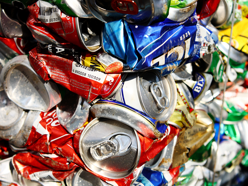 Cans for recycling in a container deposit scheme